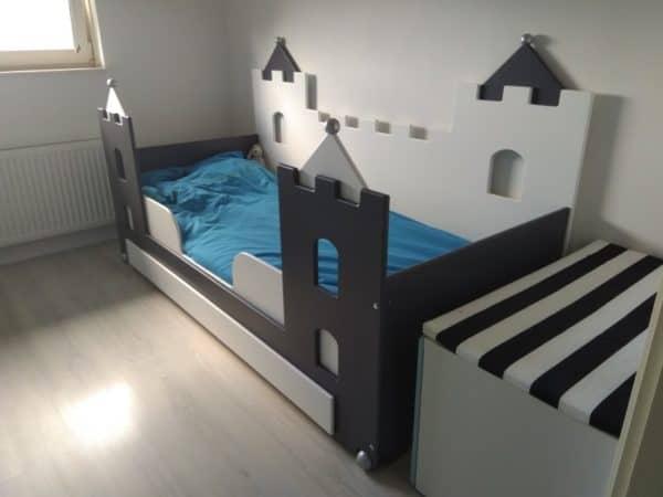 #2 kinderbed jongensbed kasteel