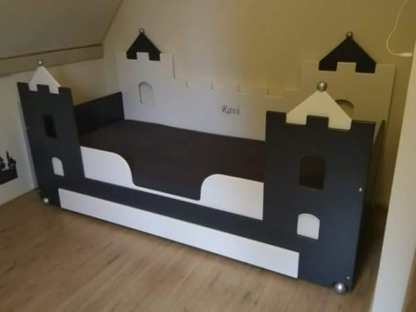 #4 kinderbed jongensbed wit antraciet