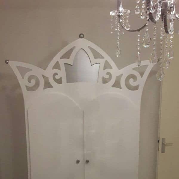 Prinsessen kinderkast wit met zilveren hartje, past bij het prinsessenbed