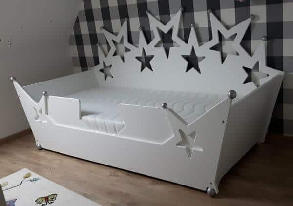 kinderbed-sterrenbed-jongensbed-wit