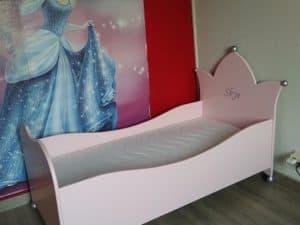 Prinsessenbed voor kinderkamer