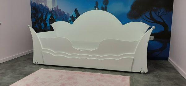 #1 Kinderbed met kroon (bedbank) 90x200 cm wit