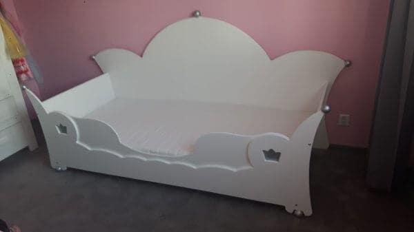 Prinsessenbed bedbank 90x200 cm wit met zilveren bolletjes, met uitrolbeveiliging