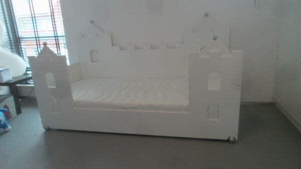 jongensbed kasteelbed bank 90x200 cm wit