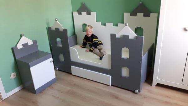jongensbed kasteelbedbank 70x150 cm, wit/antraciet