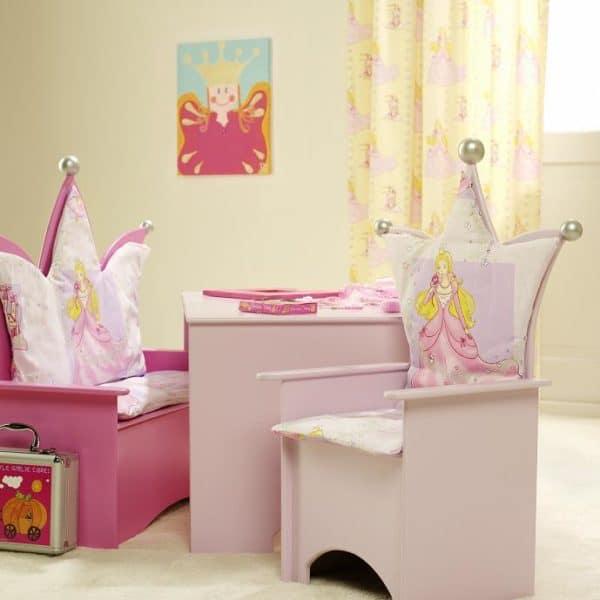 #2 Kinderstoel roze