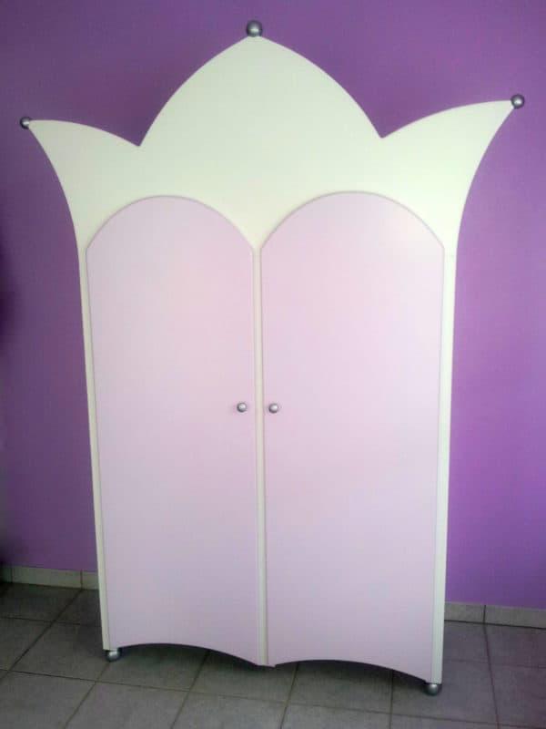 #4 kinderkast 2-deurs met kroon, wit met paarse deurtjes, kinderkamer decoratie