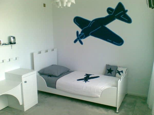 #1 jongensbed kinderbed kasteelbed 90x200 cm wit met stoer vliegtuig wit